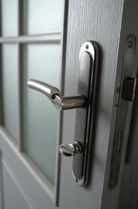 Schutzbeschlag der Tür